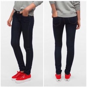 Urban Outfitters BDG Cigarette Mid-Rise Jean